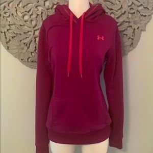 Under armour hooded sweatshirt size medium